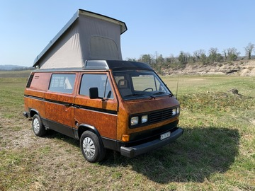 Renting out: CampBär's brauner VW Bus T3 Westfalia
